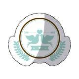 Barwi majcheru gołębie dołączający szczytem krzyżującymi strzała w okręgu z oliwnymi branchs małym sercem i ilustracja wektor