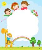 Barwi ramę z grupą dzieciaki i żyrafa, tło Obrazy Stock