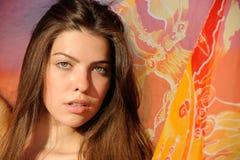 barwiona peleryny dziewczyna zdjęcia stock