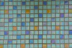 Barwiona tekstura świetne ceramiczne kwadrat płytki na ścianie zdjęcia stock