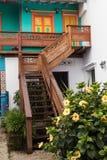 Barwione fasady w kolumbijskim miasteczku Zdjęcia Royalty Free