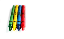 Barwione kredki rysować Fotografia Stock