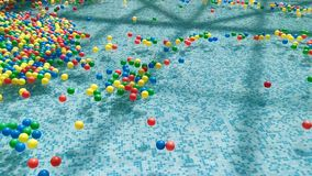 Barwione piłki unosi się i rusza się w wodzie zdjęcie wideo