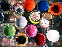 Barwionej farby blaszane puszki Zdjęcie Stock
