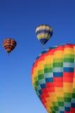 Barwioni lotniczy balony przy niebieskim niebem Fotografia Stock