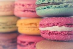 Barwioni macarons rocznika stylu kolory zdjęcie stock