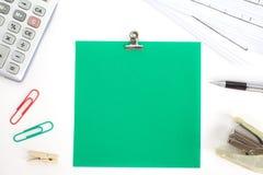 Barwioni papiery z zszywką i materiały Obraz Stock