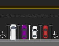 Barwioni parkujący samochody parkujący drogowym, odgórnym widokiem, Dwa bezpłatnego miejsca tło dla sieć druku lub projekta ilust Fotografia Stock