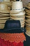 Barwioni słomiani kapelusze Obraz Stock