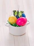 Barwioni Wielkanocni jajka obrazy royalty free