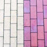 Barwiony beton textured brukowe cegiełki, zakończenie w górę wizerunku zdjęcia stock