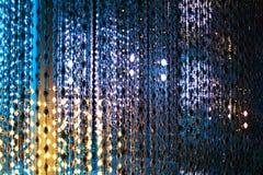 Barwiony neonowych świateł tło, abstrakcjonistycznej błyskotliwości jaskrawy światło zamknięty w górę, świetlicowy świąteczny par ilustracji