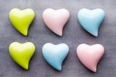 Barwiony serce na szarym tle Fotografia Stock