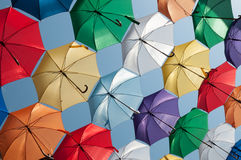 Barwionych parasoli pochylony widok Zdjęcie Stock