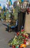 Barykady i kwiatów Kijów majdan Obrazy Royalty Free
