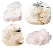 Baryte (barite) dråsade gemstones och vaggar Arkivbilder