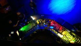Barzähler im Nachtclub Lizenzfreies Stockfoto
