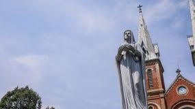 Basílica da catedral de Notre-Dame de Saigon fotografia de stock