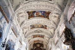 Basílica de Benedicto del santo, abadía de Benediktbeuern, Alemania Fotografía de archivo libre de regalías