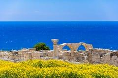 Basílica de Kourio de la casa de Aquiles en el santuario de Apolo en el sitio arqueológico del patrimonio mundial de Kourion cerc foto de archivo