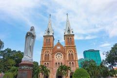Basílica de la catedral de Notre-Dame de Ho Chi Minh City - septiembre de 2017, Ho Chi Minh City, Vietnam Imagenes de archivo