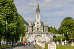 A basílica de nossa senhora, Lourdes imagem de stock royalty free