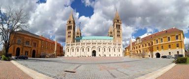 Basílica de Pecs, capital de la cultura europea 2010 foto de archivo libre de regalías
