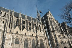 Basílica de Saint-Quentin em France Imagens de Stock