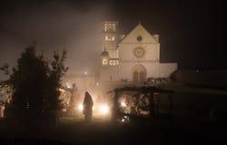 Basílica de St Francis de Assisi en el tiempo de la Navidad Fotografía de archivo libre de regalías