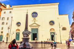 Basílica de St Mary sobre Minerva foto de archivo libre de regalías