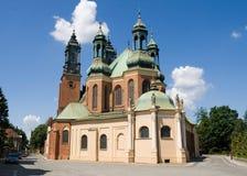 Basílica de St. Peter e de St. Paul em Poznan fotografia de stock