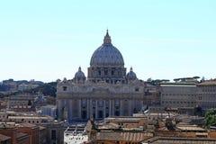 Basílica de St Peter no Vaticano imagens de stock royalty free