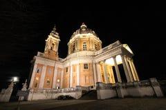 Basílica de Superga por noche foto de archivo libre de regalías