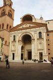 A basílica do renascimento do ` Andrea de Sant, Mantua, Itália fotografia de stock
