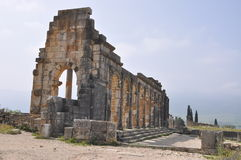 Basílica em Volubilis, Meknes Marrocos fotografia de stock