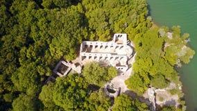 Basílica no local arqueológico de Butrint em Albânia Fotos de Stock
