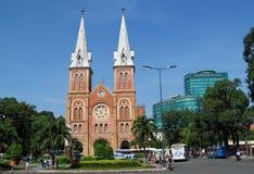 Basílica Notre-Dame de Saigon fotos de stock