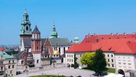 A basílica real de Archcathedral de Saint Stanislaus e Wenceslaus em Krakow, Polônia Fotos de Stock Royalty Free