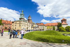Basílica real de Archcathedral de Saint Stanislaus e Wenceslaus no monte de Wawel Fotografia de Stock Royalty Free