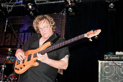 bas- gitarristhamm stuart Royaltyfri Bild