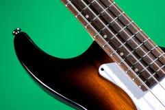 bas- grön gitarrsunburst arkivbild