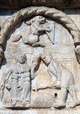 Bas-hulp 12de eeuw van van Maestro Nicolo de ', groep rechts van de deur van de Basiliek van St Zeno in Verona royalty-vrije stock foto