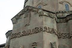 Bas-hulp die op de kerk van het Heilige Kruis modelleren Stock Foto