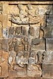 Bas-lättnad på väggen i det Borobudur tempelet fotografering för bildbyråer
