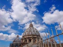 A bas?lica de St Peter, Roma, Vaticano imagem de stock