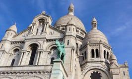 Bas?lica do cora??o sagrado Sacre Coeur em Paris Fran?a Em abril de 2019 foto de stock