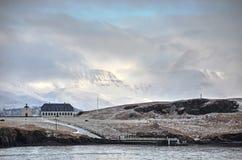 Bas nuages au-dessus d'île de Videy Images libres de droits