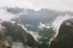 Bas nuages intenses sur les Andes Inca Trail peru Aucune personnes Photo libre de droits