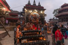 Bas-relevo de Hanuman no quadrado de Durbar no crepúsculo fotografia de stock royalty free