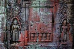 Bas Relief av Devatas på Preah Khan Temple, Siem Reap Arkivbilder